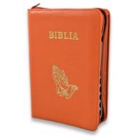 Biblie din piele, marime medie,culoare portocaliu, fermoar, index,simbol maini in ruga margini argintii, cuv. lui Isus cu rosu [SB 057 PFI]