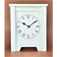 Ceas din lemn, alb - Cifre romane (16x19cm)