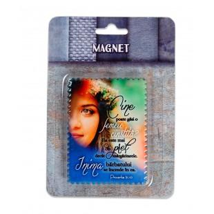 """Magnet ceramic cu mesaj creștin - """"Cine poate gasi o femeie cinstita?..."""" (Prov 31:10)"""