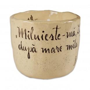 """Lumânare din ceara naturală de soia turnată manual cu mesaj - """"Miluiește-mă, Dumnezeule..."""" (marimea M)"""